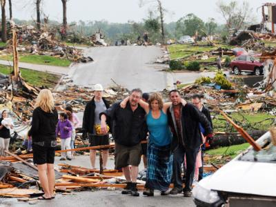 JOPLIN TORNADO Video | Cellphone Recording JOPLIN TORNADO | Mediaite