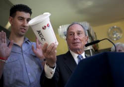 Mayor Bloomberg Visits Restaurant Voluntarily Enacting His Over Sized Sugary Drink Ban