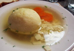 2nd-avenue-deli-upper-east-side-matzoh-ball-soup