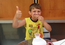 kid-donuts