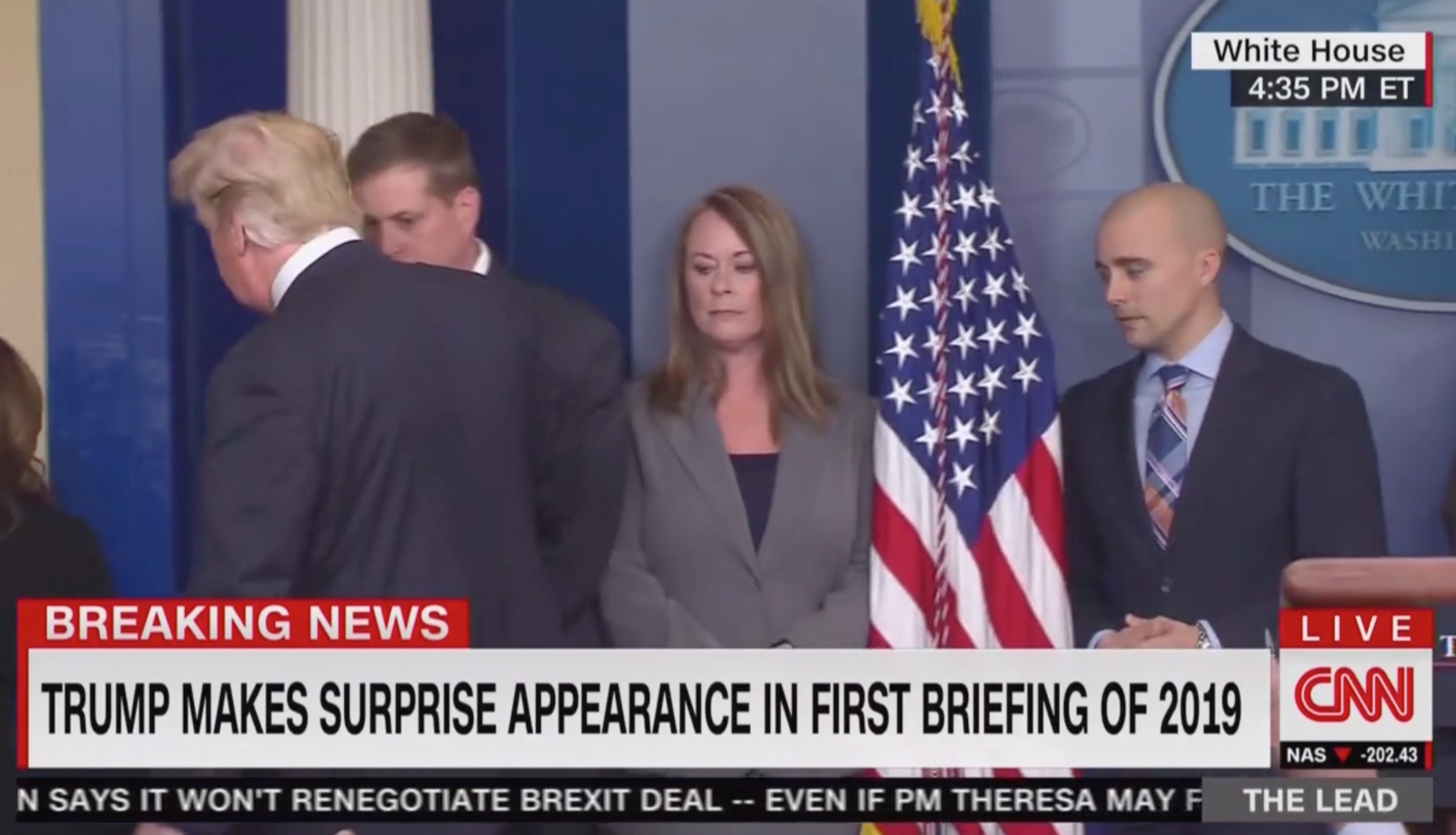 White House Reporters Heckle Trump After Speech: 'The ...