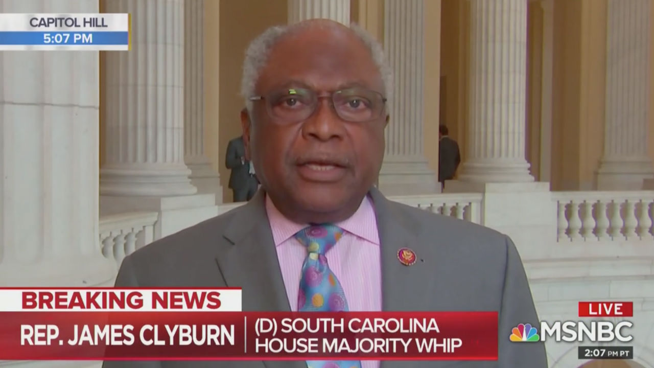 Top House Dem Clyburn Expresses Caution on Impeachment: 'Let's Not Rush Into This'