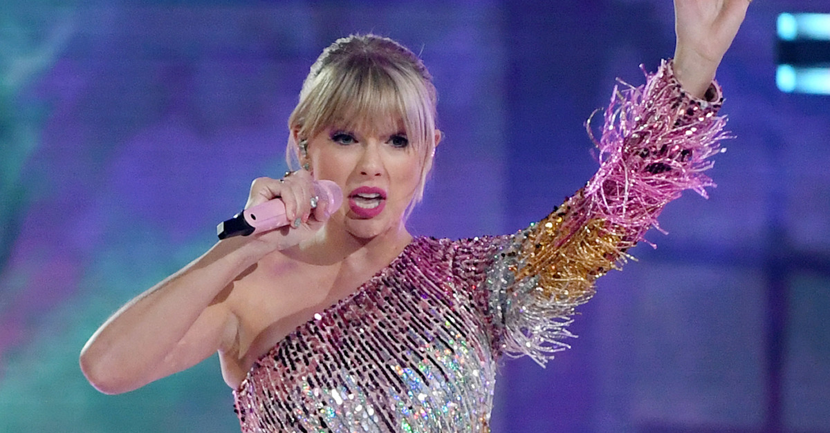 Taylor Swift: 'I'm Now Obsessed With' Politics, And Democrats Need to Stick Together to Win 2020