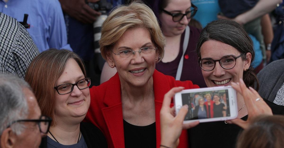 Elizabeth Warren Deletes Tweet About 'Native American' DNA