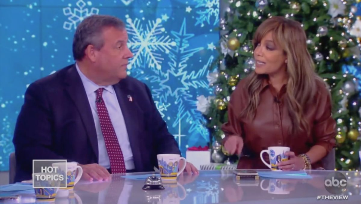 Chris Christie, The View Spar on Impeachment: 'Height of Hypocrisy' for GOP to Impeach Clinton, But Not Trump