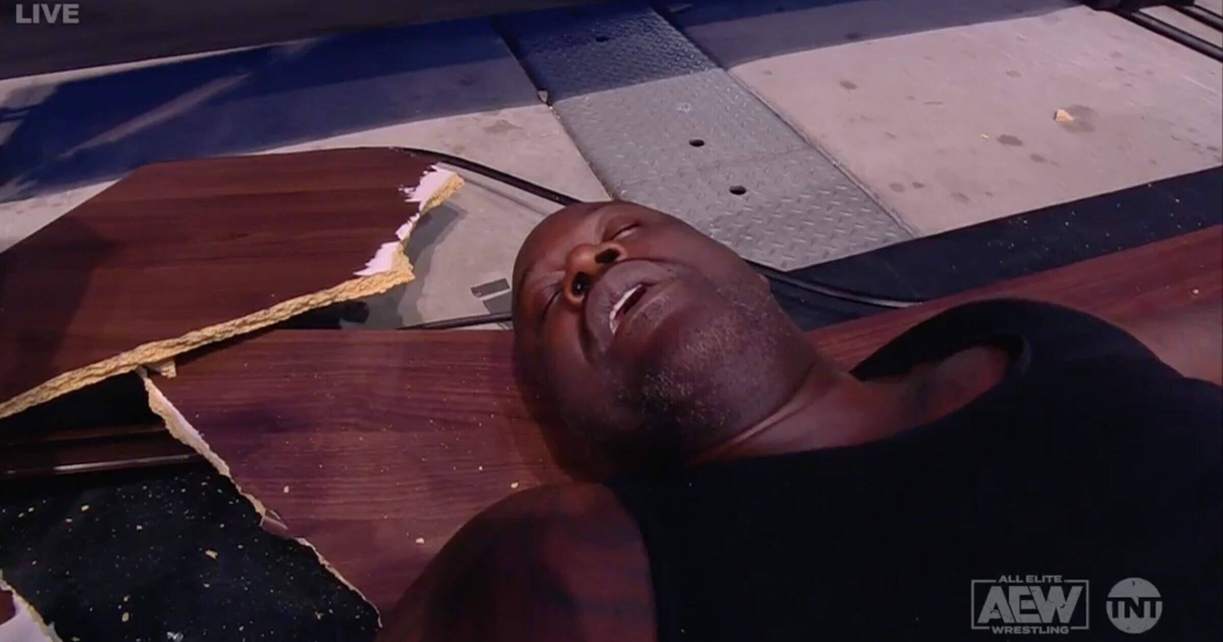 WATCH: Shaq Gets Plowed Through Table in All Elite Wrestling Match - Mediaite